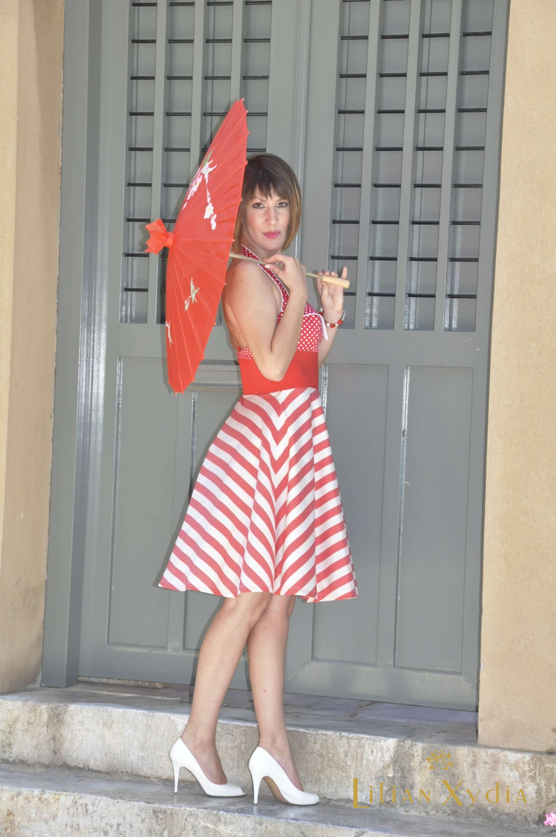 Φόρεμα 60's με λάστιχο στη μέση και συνδυασμό πουά με ριγέ