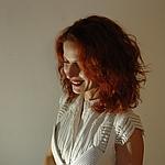 Λίλιαν Χυδιά Σχεδιάστρια Μόδας - Νυφικού